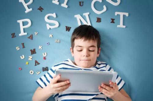 幼儿识字,先学拼音还是先学识字?