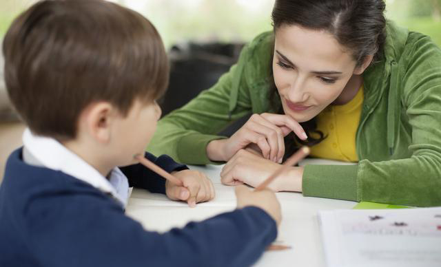 孩子读书不看文字只看图片,你该拿他怎么办?