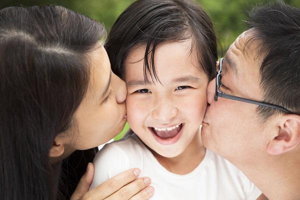 孩子,我希望你学的不仅是知识,还要有真正受益终生的道理。父母对孩子三观的形成有多大的影响?